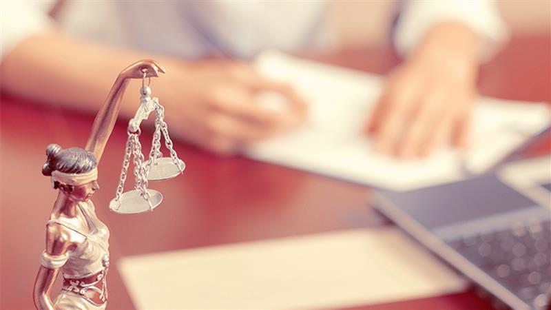 legal-secretary.jpg